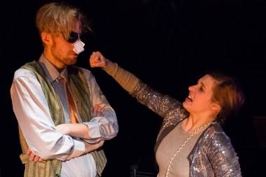 Divadlo pod Palmovkou - 1000 věcí, co mě serou aneb Tvoje bába je komedie