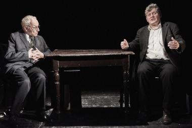 Divadlo v Dlouhé - Hovory na útěku