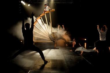 Losers Cirque Company - Walls & Handbags