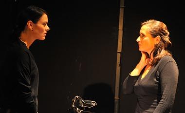 Divadlo Viola - Smluvní vztahy