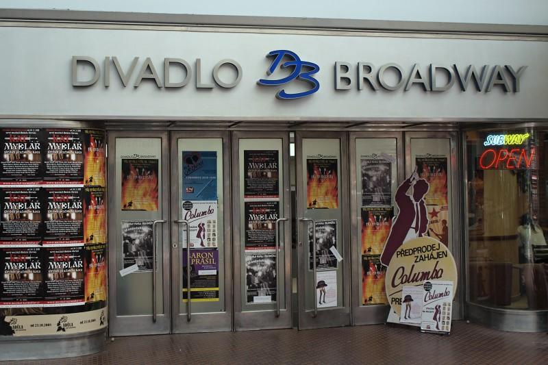 Divadlo Broadway - Angelika