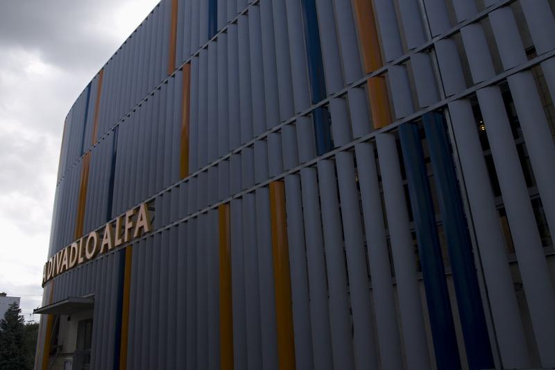 Divadlo Alfa - Spáčka a vřeteno