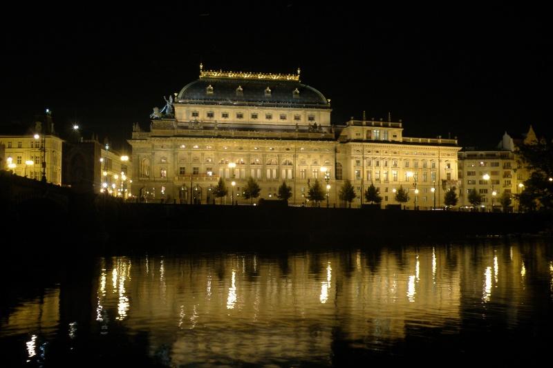 Národní divadlo - Tři sestry