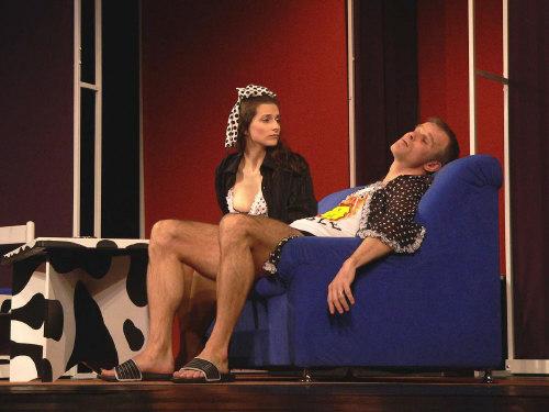 Docela velké divadlo - Penzion Ponorka