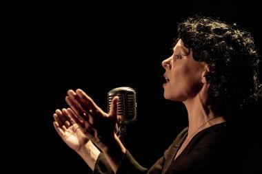 Divadlo Cylindr - Edith Piaf: Dnes nechci spát sama
