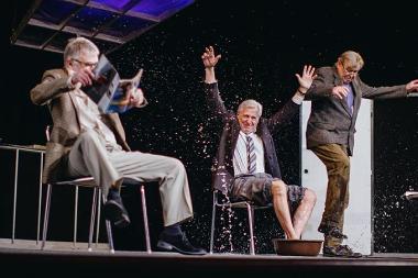 Divadlo Bez zábradlí - Tři muži na špatné adrese