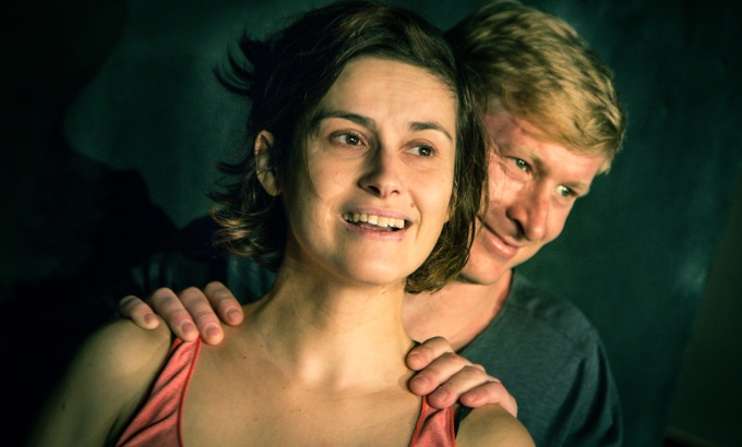 Divadlo Ungelt - Život podle Jonesových (foto: Jan Malíř)