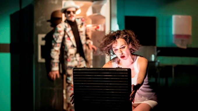 Mětská divadla pražská - Andělé v Americe (foto: Patrik Borecký)