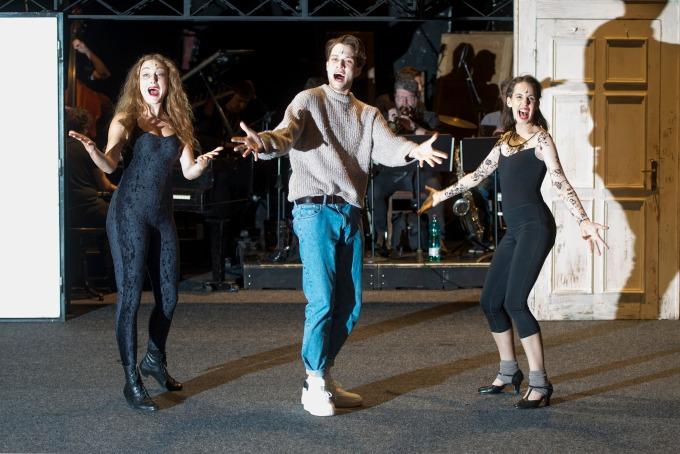 ze zkoušky muzikálu Cabaret (foto: Tereza Křenová)