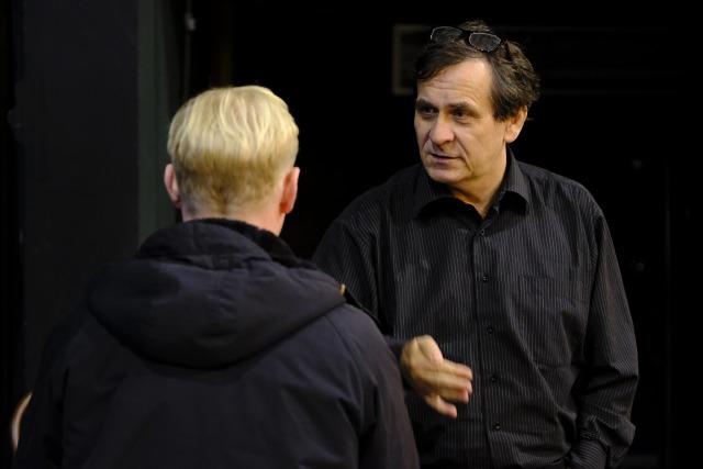 režisér Petr Kracik při zkoušení (foto: Richard Kocourek)