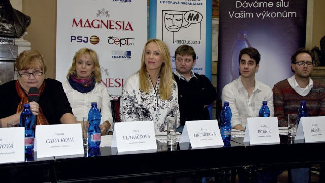 Jana Paterová (předsedkyně činoherní komise), Věra Hlaváčková, Petra Hřebíčková, Michal Isteník, Patrik Děrgel, Ondřej Brousek (foto: Michal Novák)