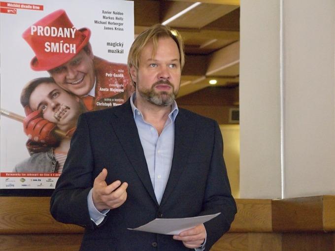 Petr Gazdík představuje tvůrčí tým a obsazení muzikálu Prodaný smích (foto: Michal Novák)