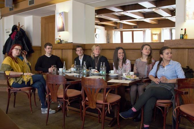 Viktória Matušovová, Jan Brožek, Jonáš Florián, Monika Světnicová, Lucie Bergerová, Eliška Skálová, Barbora Remišová (foto: Michal Novák)