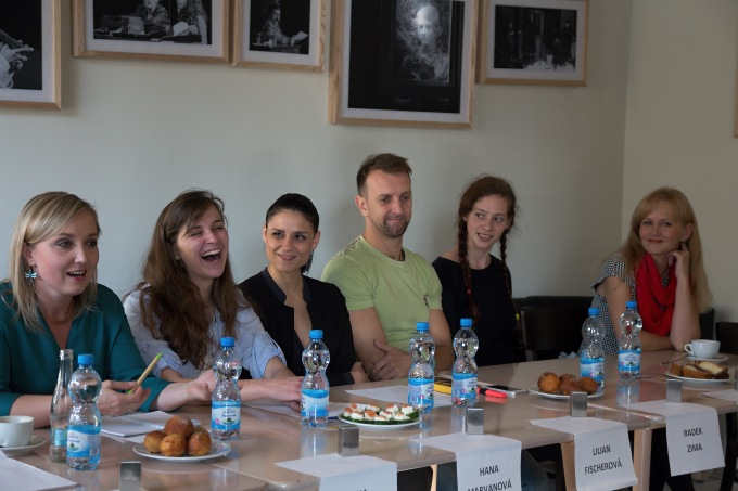 Jana Trojanová, Lilian Sarah Fischerová, Radek Zima, Karolina Ondrová, Simona Vrbická (foto: Michal Novák)