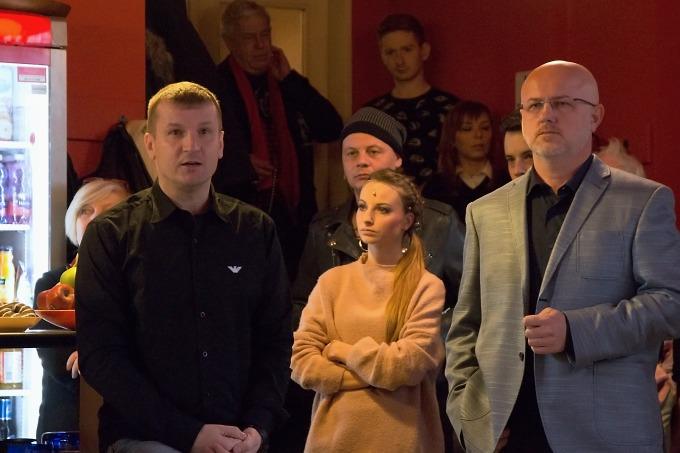 režisér Radek Balaš a ředitel Divadla Na Fidlovačce Jan Koťátko