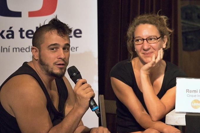 Rémi Lecocq a Geraldine Gallois - zástupci Cirque Inextremiste