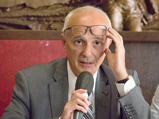 Jan Burian, ředitel Mezinárodního festivalu DIVADLO