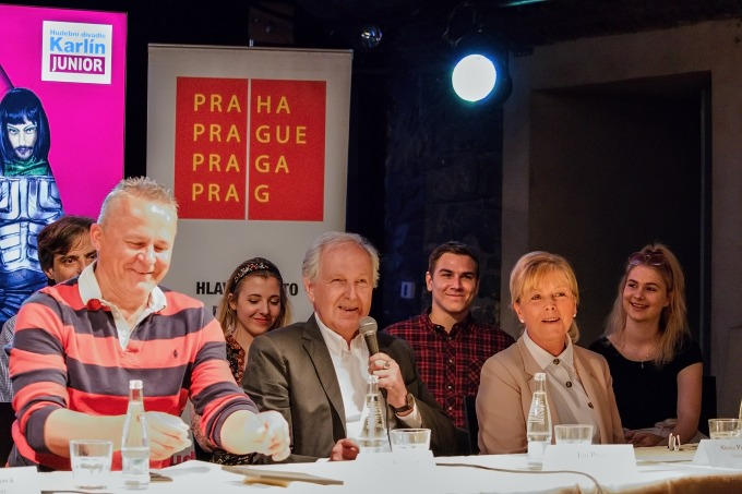 Egon Kulhánek, Jan Pixa, Alena Pixová