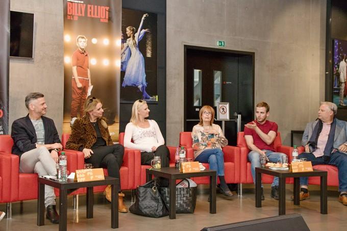 Lumír Olšovský, Ivana Chýlková, Lucie Zvoníková, Monika Švábová, Lukáš Ondruš, Martin Otava