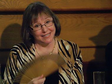 Donna W. Crossová