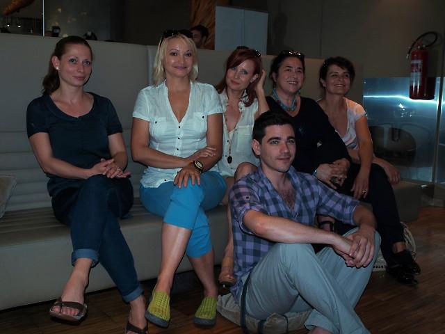 Gabriela Míčová, Anna Šišková, Jitka Schneiderová, Darina Abrahámová, Jana Krausová, Vojta Kotek