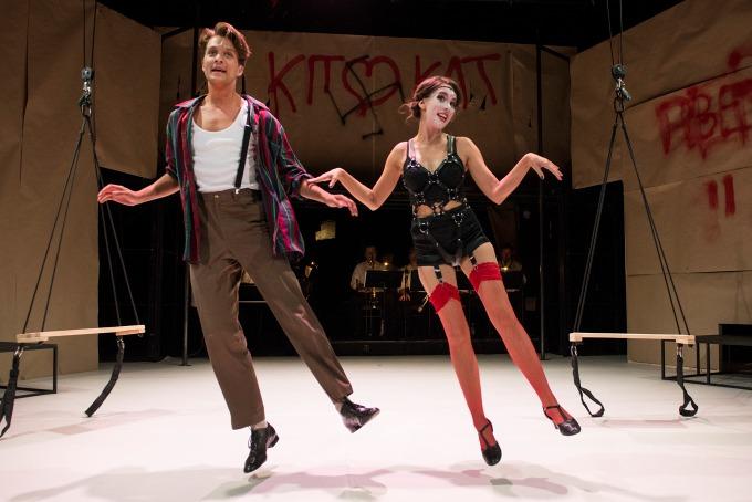 Cabaret: Jan Fanta aMichaela Tomešová (foto: archiv Divadla Bez zábradlí)