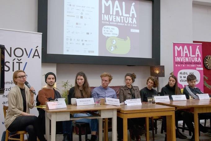 poslední tisková konference v holešovické Altě, žádná další už zde nebude...